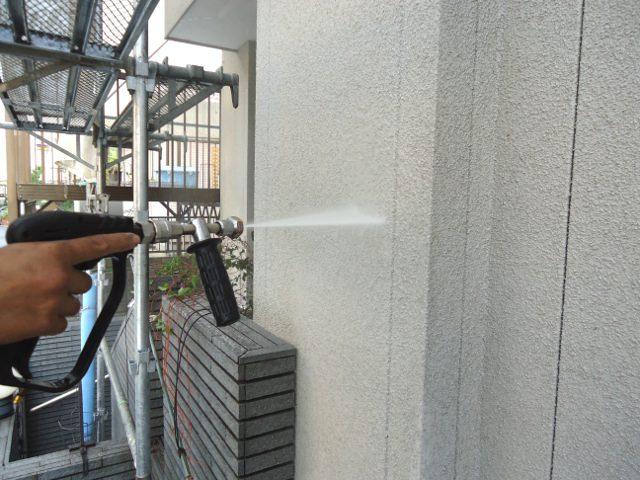 足場組み・洗浄・下地処理